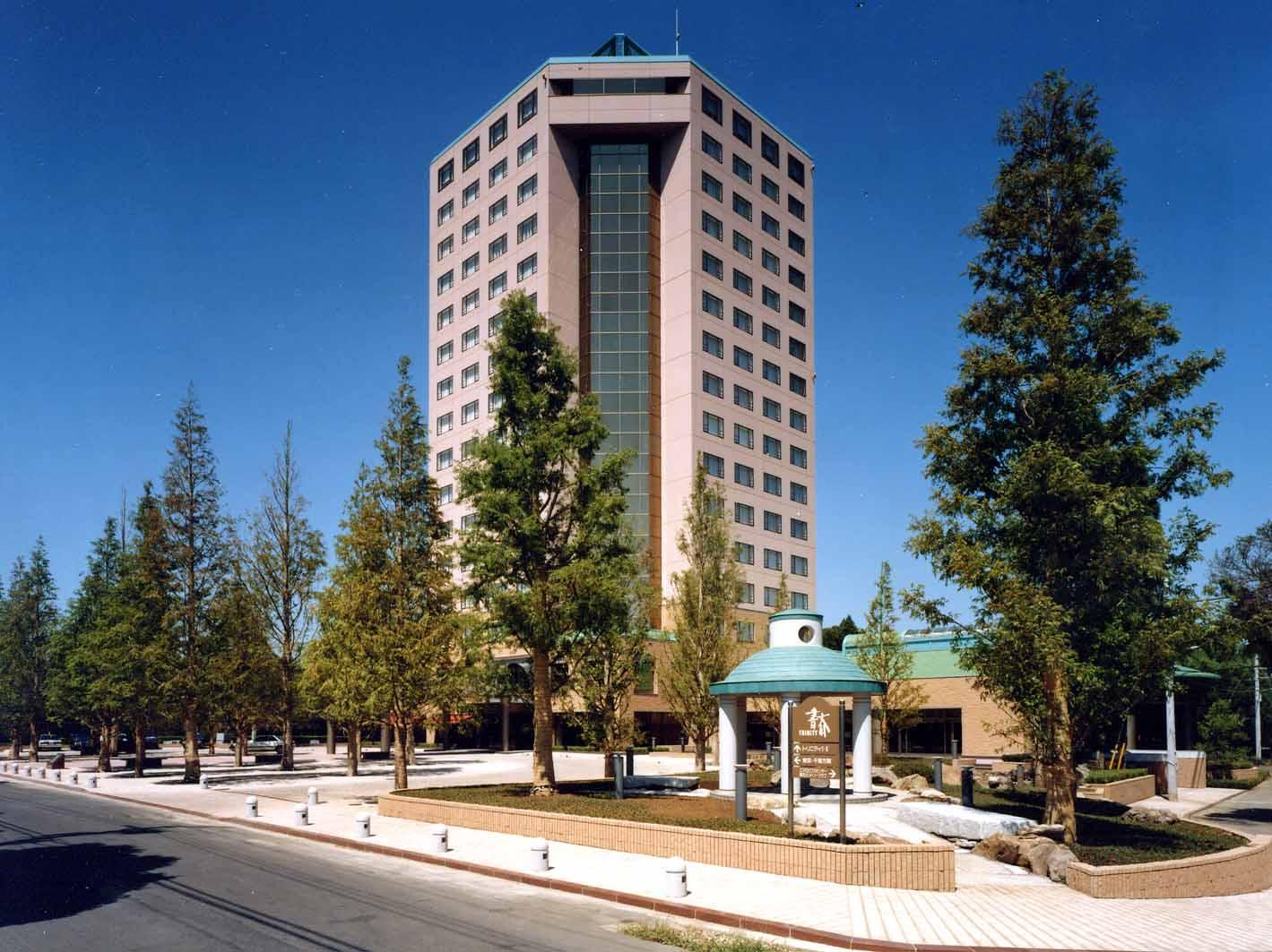 リソル生命の森株式会社 管理部