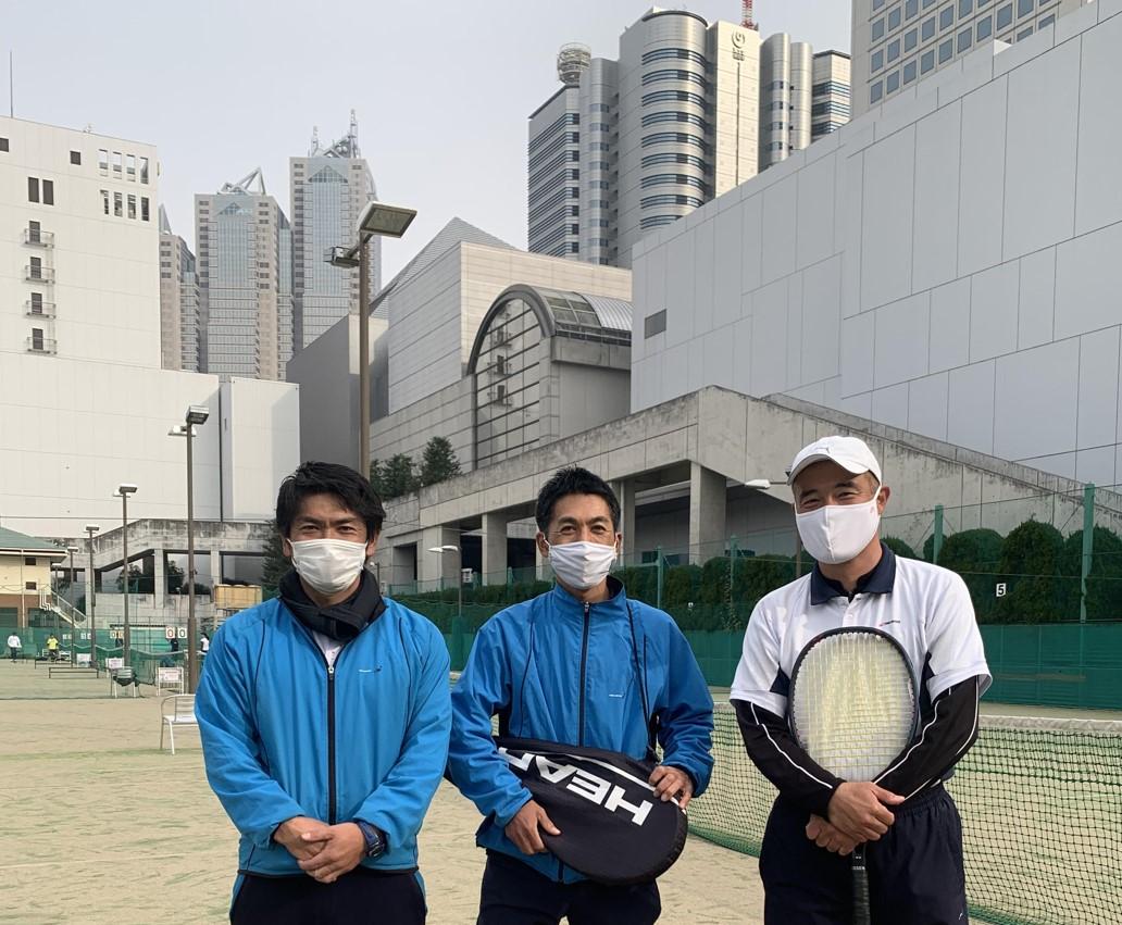 株式会社テニスユニバース